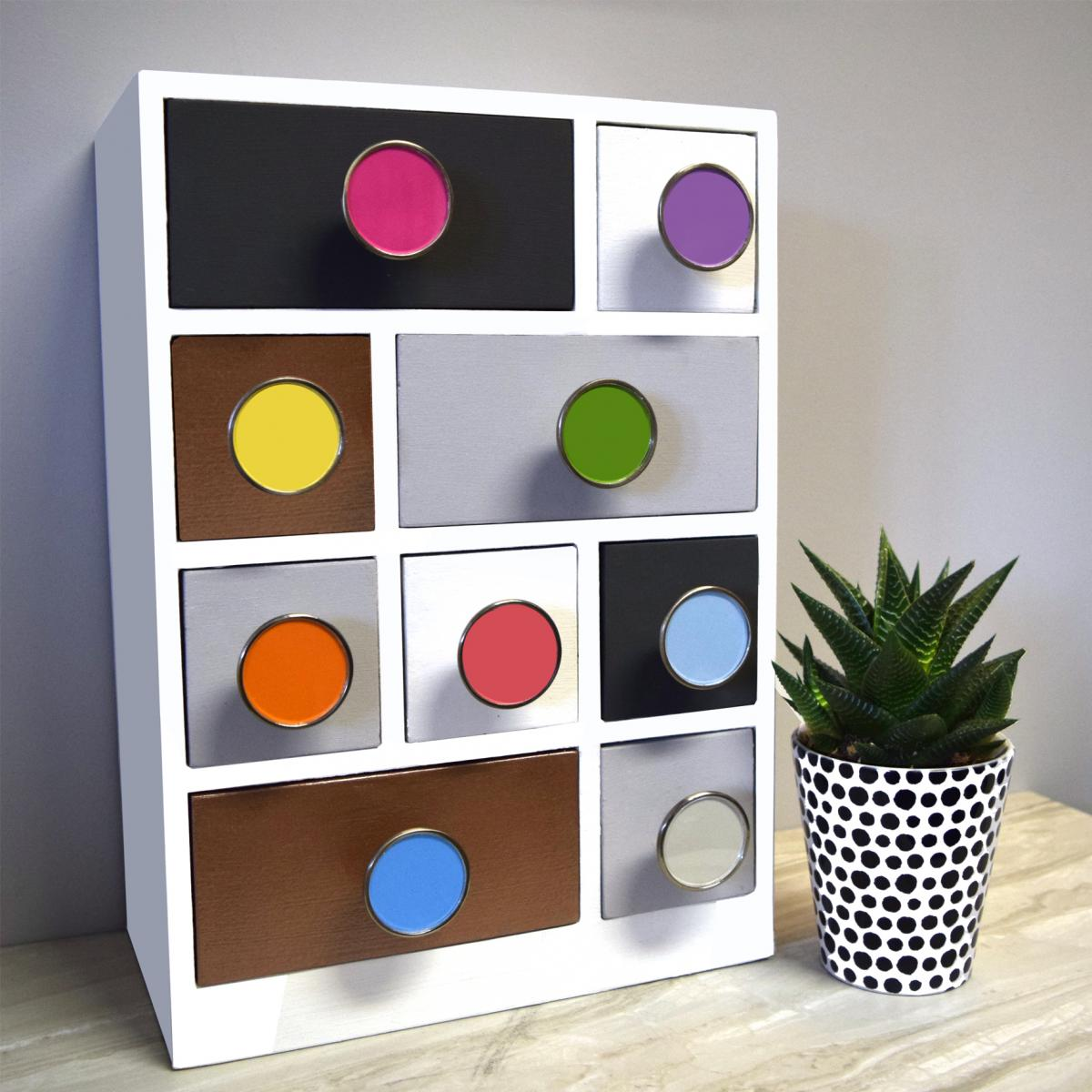 Top Items To Brighten Up Your Home Decor